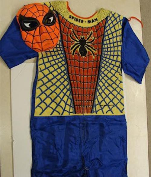 """Valuable 1963 Ben Cooper """"Spider-man"""" Halloween costume"""